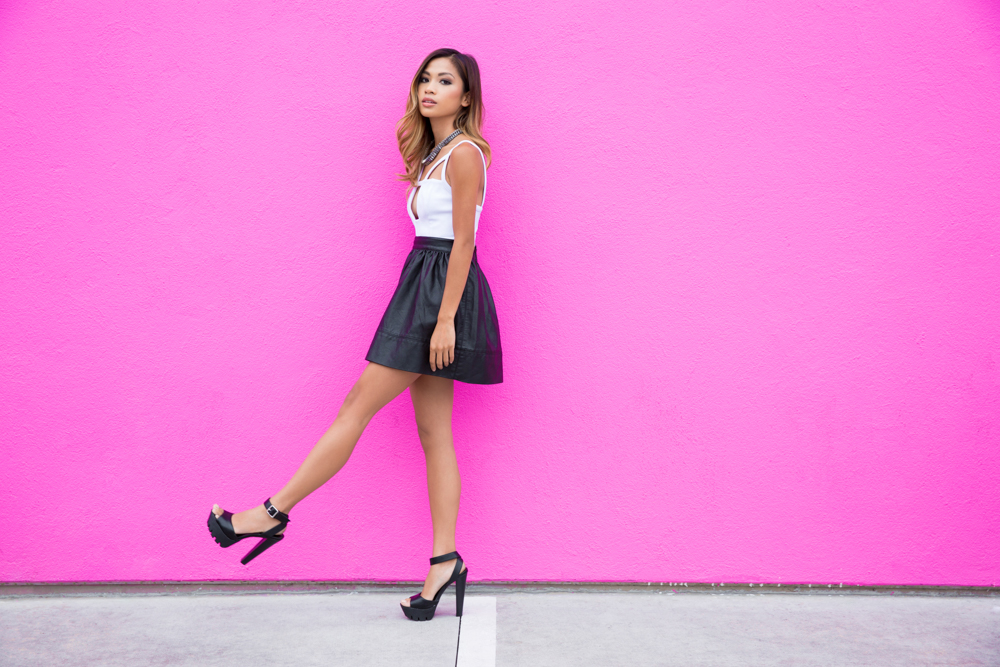 Fashionable Outfits at the Pink Wall in Los Angeles