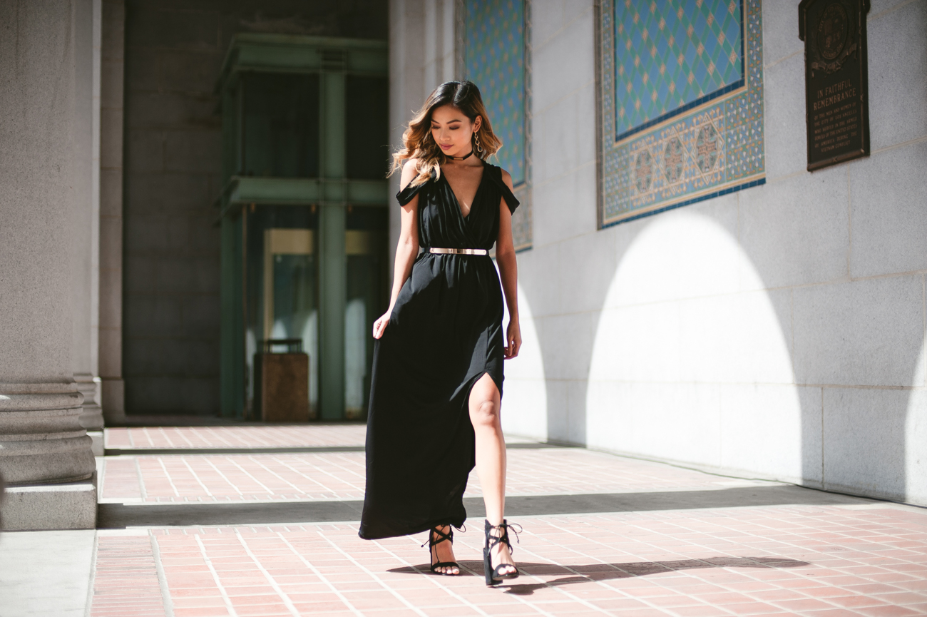 Maxi dresses with front slit and cold shoulders